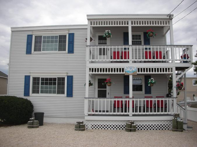 Outside view - LBI Brighton Beach Oceanside Apartment - Long Beach Island - rentals