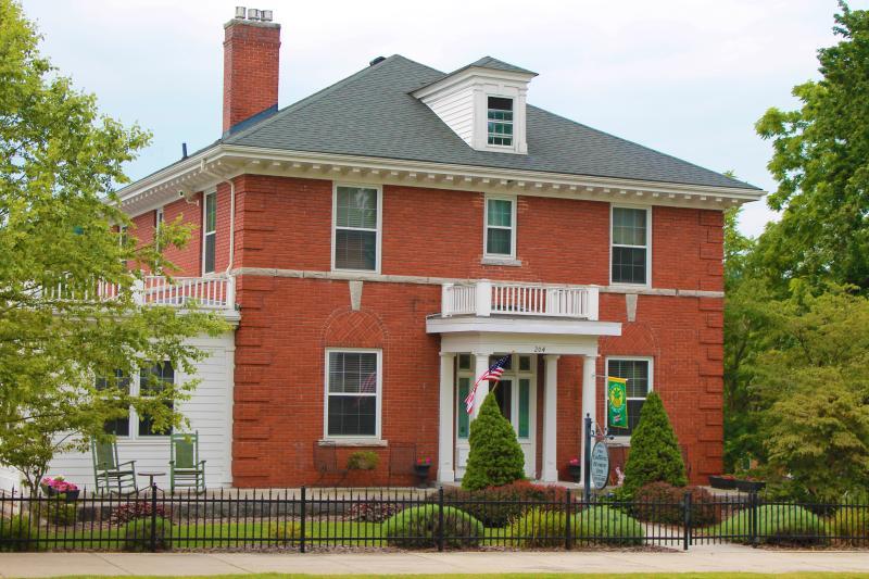 Collins House Inn B & B - Collins House Inn Bed & Breakfast Marion VA - Marion - rentals