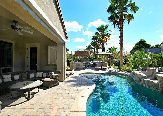 'Serenity' Pool, Spa, Putting Green, Fire Pit - Image 1 - Indio - rentals