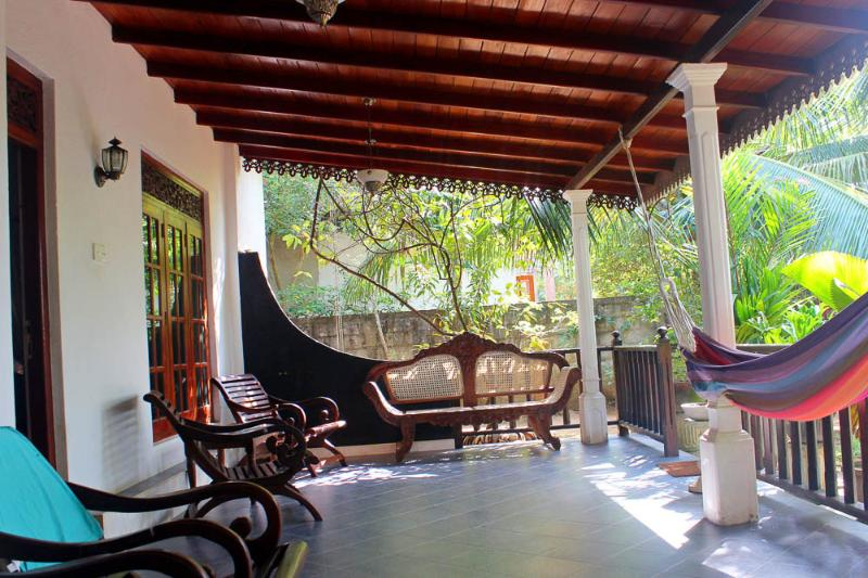 large veranda with garden, chill area and hammok - Villa Summer Style - Weligama - rentals