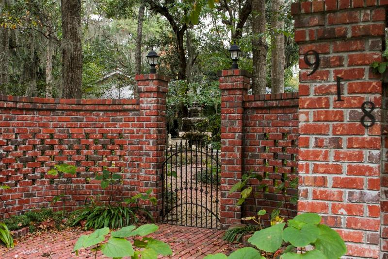 Entry to property - Breezeway Studio Manor near Tybee Island  (BR with 2 beds Queen and Double) - Savannah - rentals
