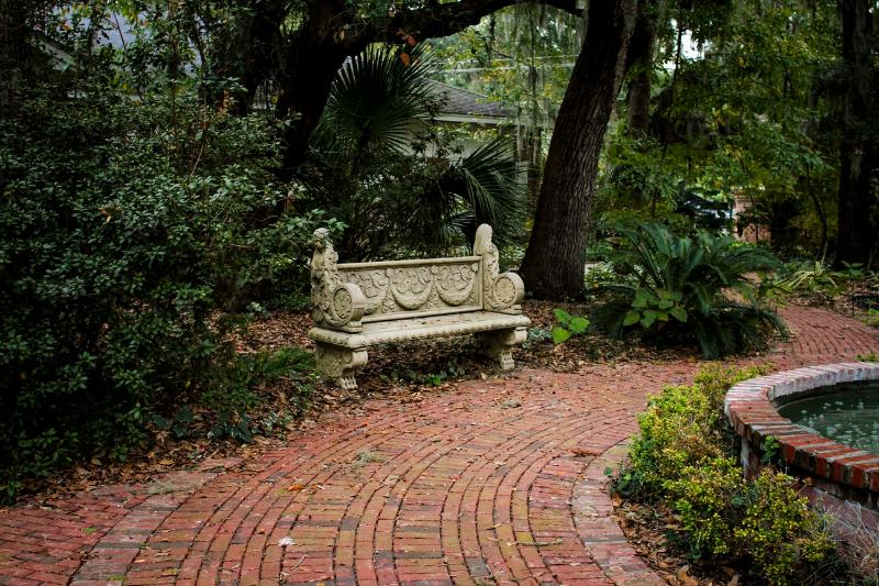 Relax and view fountain - BreezewayStudio Guest House near Tybee (Group 10) - Savannah - rentals