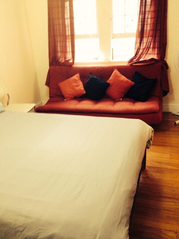 Great Value, Excellent Location! - Image 1 - Sydney - rentals