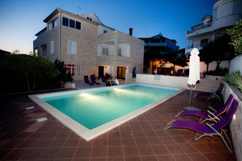 Pool - Apartment A3 for 6 pax in villa  with pool - Hvar - rentals