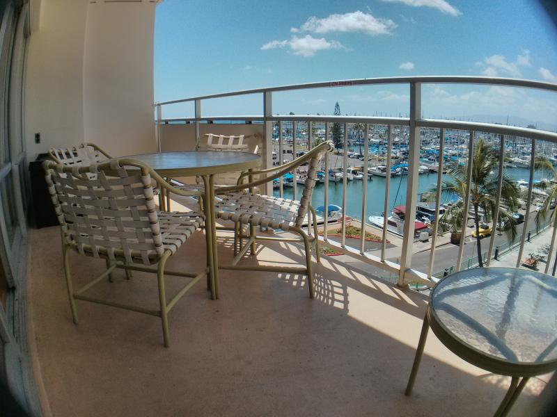Enjoy The Peaceful View From  Newly Remodeled Unit - Image 1 - Honolulu - rentals