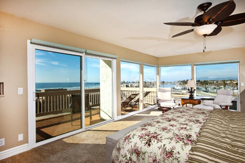 Panoramic ocean and harbor views from every direction! - Panoramic Paradise~3 BR Penthouse, Stunning Views! - Oceanside - rentals