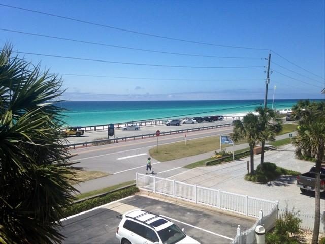 Balcony View - Summer Breeze 303 *50 YARDS TO PUBLIC BEACH*NEAR RESTAURANTS, ENTERTAINMENT, FISHING, & MORE. - Destin - rentals