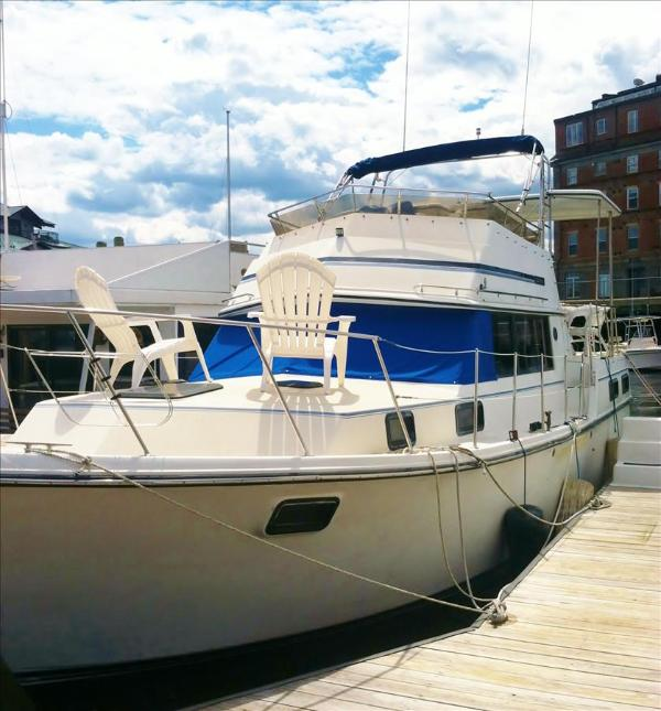 Lola: Budget Friendly Floating Suite in Downtown Boston! - Image 1 - Boston - rentals