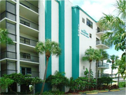 Exterior of the building - Family Beachfront condo in Madiera Beach florida - Treasure Island - rentals