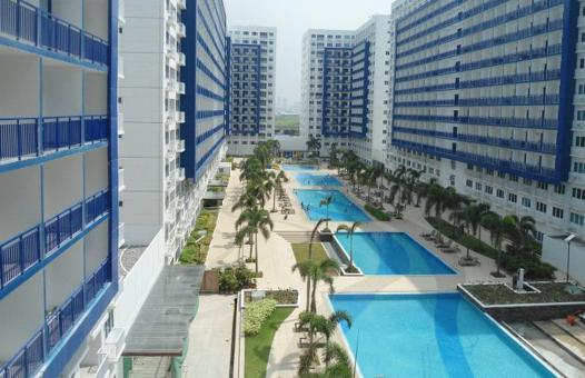 Pool view - 1 bdrm Condo nr MOA + WFi + 6 pools & free pickup - Pasay - rentals