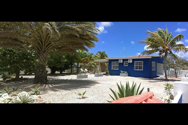 Street View - Welcome2bonaire rental apartments - Apartment. A - Kralendijk - rentals