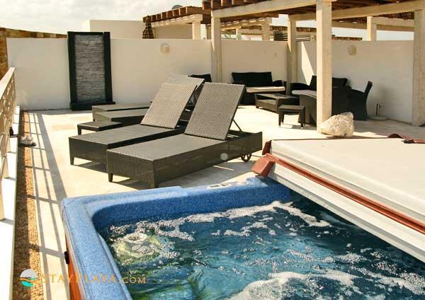 Penthouse 5 Ave- Jacuzzi & Terrace - Image 1 - Playa del Carmen - rentals