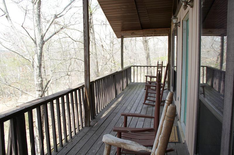 Chalet 2nd Fl ~Rustic, Affordable, Family Friendly - Image 1 - Dandridge - rentals