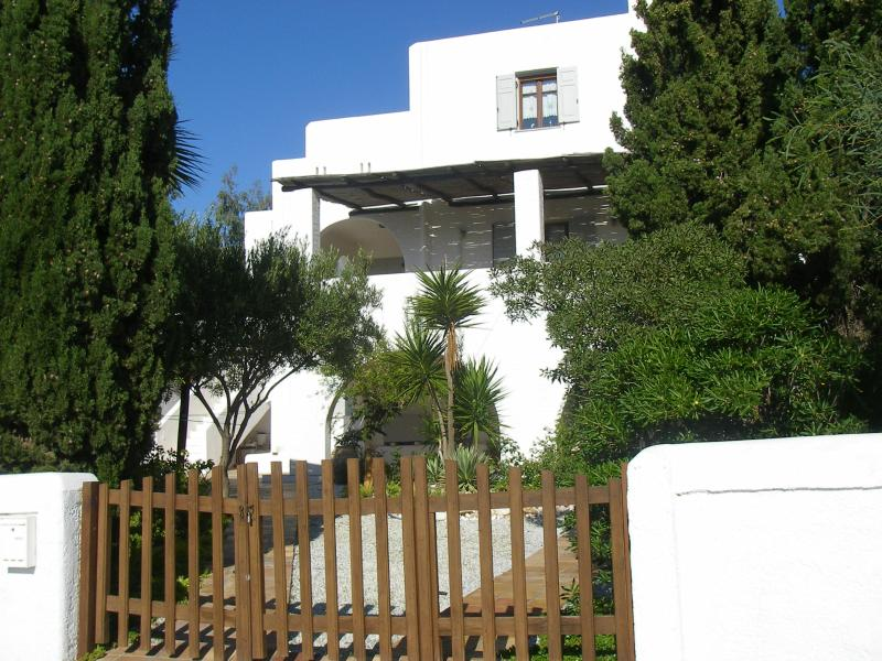 Quiet And Self Catered Apartments For Vacation Rentals - Image 1 - Paros - rentals