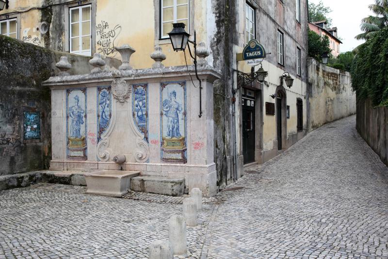 AguaMel a particular design townhouse located in the heart of Sintra, for 10 people - Image 1 - Sintra - rentals
