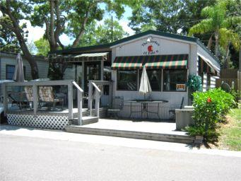 Located next to the main club and picnic area - Paradise Lakes (Clothing Optional): Garden of Eden - Tampa - rentals