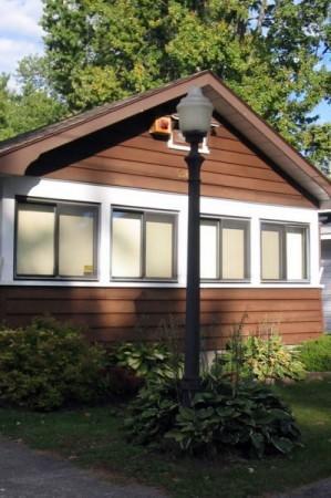 Front of Far Niente - Far Niente Cottage: A Classic Crystal Beach Home - Crystal Beach - rentals