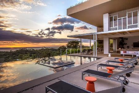 Majestic two-story EOS BB139 with mountain and ocean views, infinity pool & private cook - Image 1 - Ostional - rentals