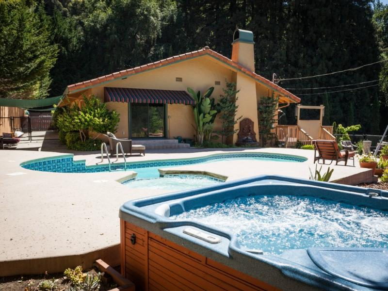 Welcome to Villa Soquel! Our lovely mountainside retreat in the redwoods. - Romantic Villa Soquel - Santa Cruz - rentals