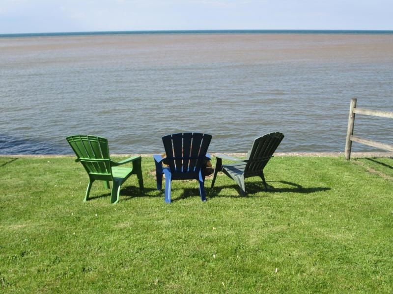 Lakefront firepit - a beautiful spot! - Lakefront 2B Cottage Point Breeze,NY(Lake Ontario) - Kent - rentals