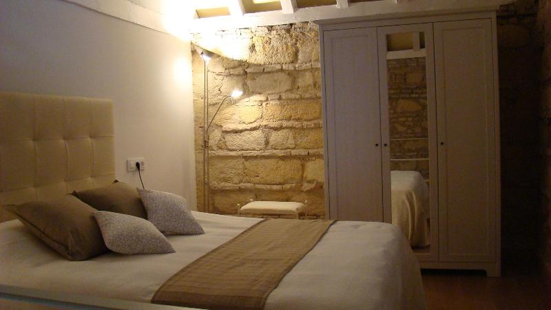 Charming mini - loft in old sherry bodega - Image 1 - Jerez De La Frontera - rentals