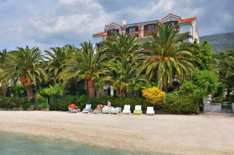 View from the sea - Amazing beach apartment Palms 12 people - Split - rentals