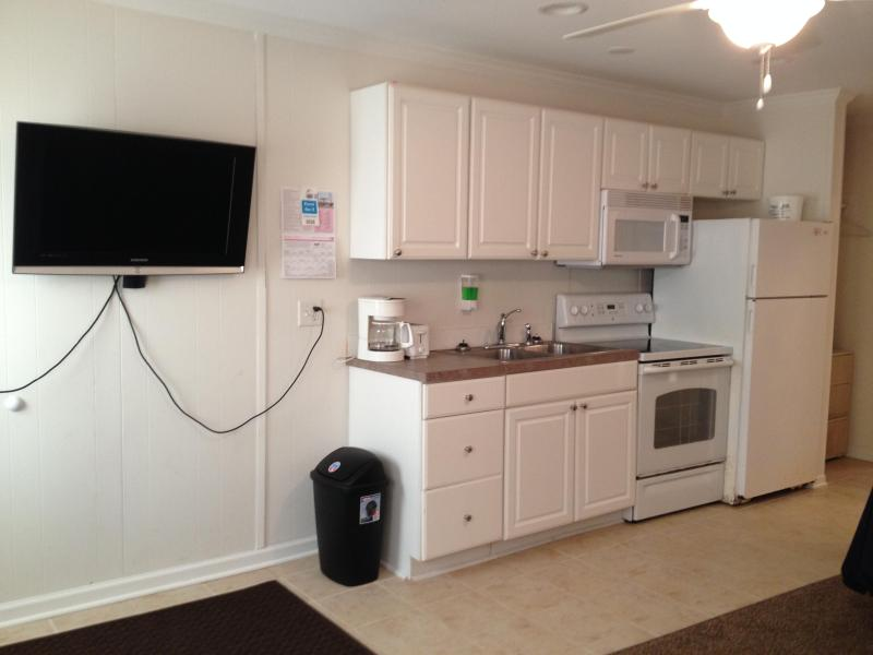 Kitchen - 5th Street, Downtown Bayside OC - Ocean City - rentals