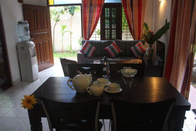 Dionis Villa:  Shakti Apartment - Image 1 - Unawatuna - rentals