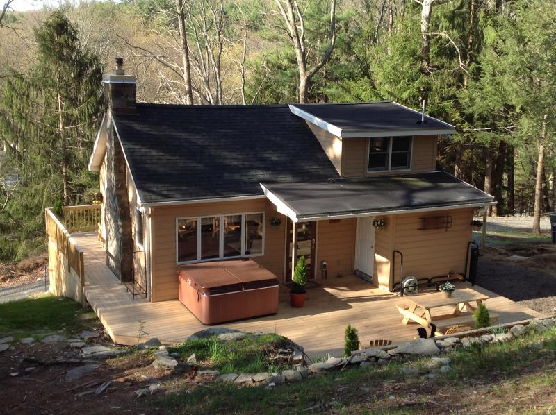 Rear of House - Picturesque Treetop Cabin in the Woods--Hot Tub!! - Dingmans Ferry - rentals