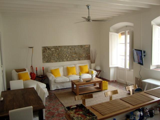 Typical Ibiza apartment in the Historical Center of Ibiza Town - Image 1 - Ibiza - rentals