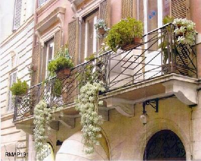 New amazing apartment close to Spanish Steps - Image 1 - Rome - rentals