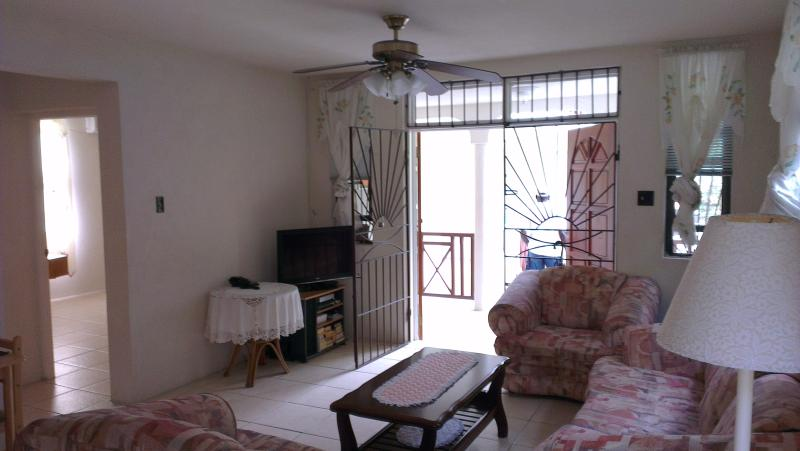 lounge - Welches Apt 2, Large two bed near Dover Beach - Dover - rentals