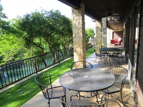 Large Covered Patio - Luxury 1st Fl Condo on the Comal by Schlitterbahn - New Braunfels - rentals