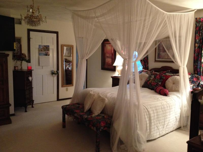 Presidential Suite - Serenity Hills B&B - Hortonville - rentals