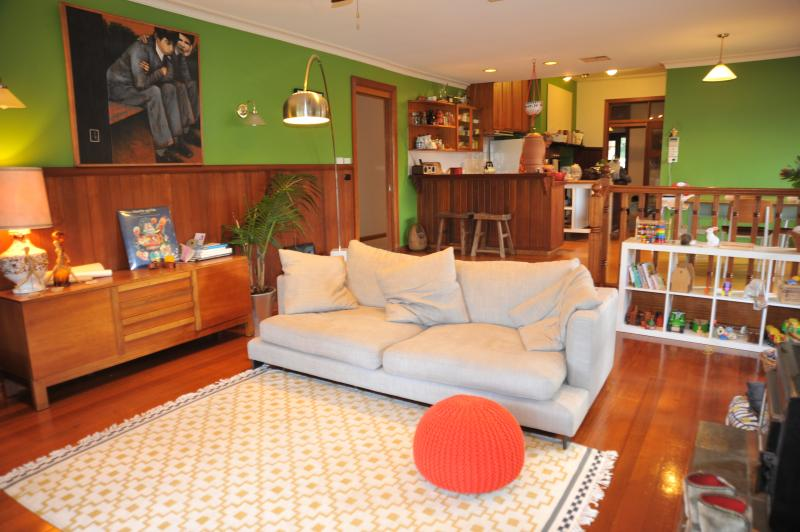 Open plan living, dining and kitchen - Large Beautiful Edwardian House in beautiful st - Alphington - rentals