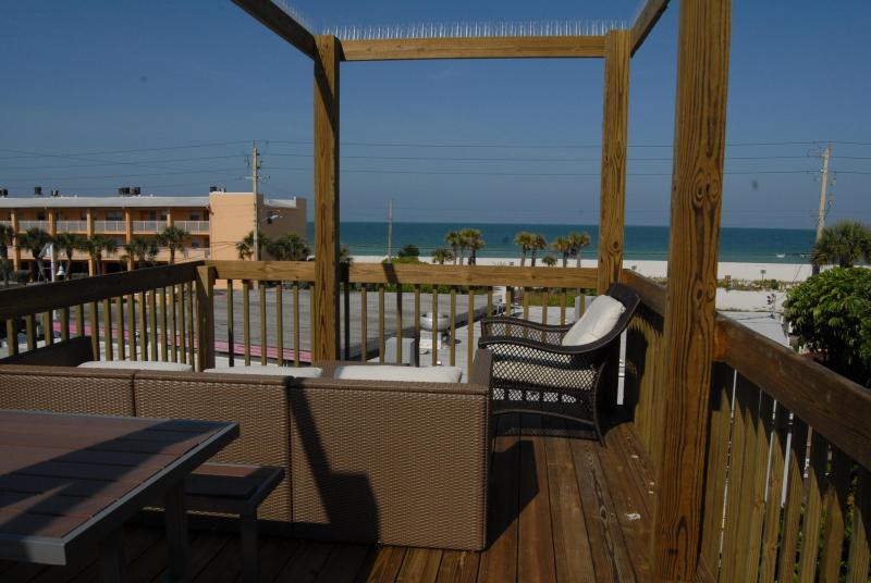 Panoramic Views of the Gulf and Beach - Ohana Hale Beachside Suite B One Bedroom - Bradenton Beach - rentals