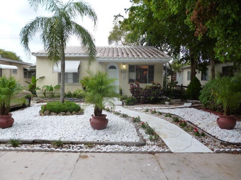 Stylish House in Hollywood - Image 1 - Hollywood - rentals