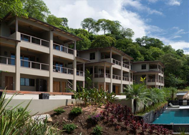 Exterior - 16-bedroom Villa On Private Lot - Great For Weddings & Events - Tamarindo - rentals
