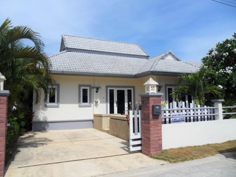 Villas for rent in Hua Hin: V6089 - Image 1 - Hua Hin - rentals