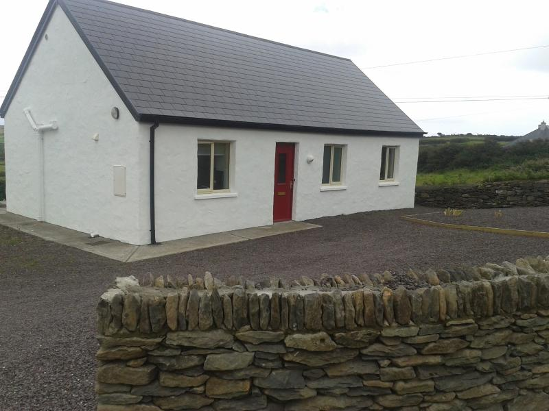Far and Away Cottage - Far and Away Cottage, Dingle, Co. Kerry, Ireland. - Dingle - rentals