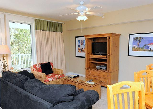 Adorable 1 bedroom condo on the 2nd floor of Pilot House! Free Shuttle! - Image 1 - Sandestin - rentals