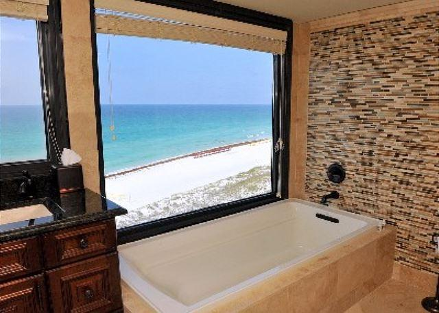The perfect soaking tub with an unbelievable view! - 20% Off Rental Fee through May 24th!  3-Bedroom, Gulf Front! - Sandestin - rentals