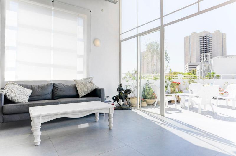 living room - Sun Drenched Luxury in Neve Zedek - Tel Aviv - rentals