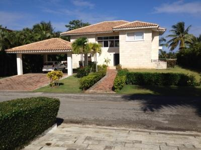 Entrance - Four Bedroom Villa  to Rent in Cocotal Golf Club - Bavaro - rentals