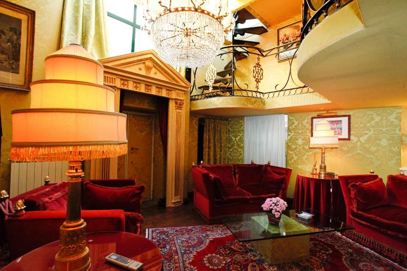 Living room - BDB Apartment Margutta 42 - Rome - rentals