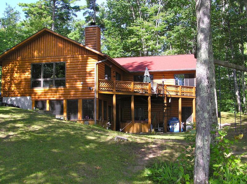 quiet north woods home - Northern Wisconsin Lakefront home - Minocqua - rentals