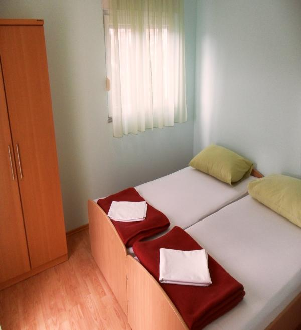 Bedroom - Lovely room for 2 near Trogir - Kastel Stafilic - rentals