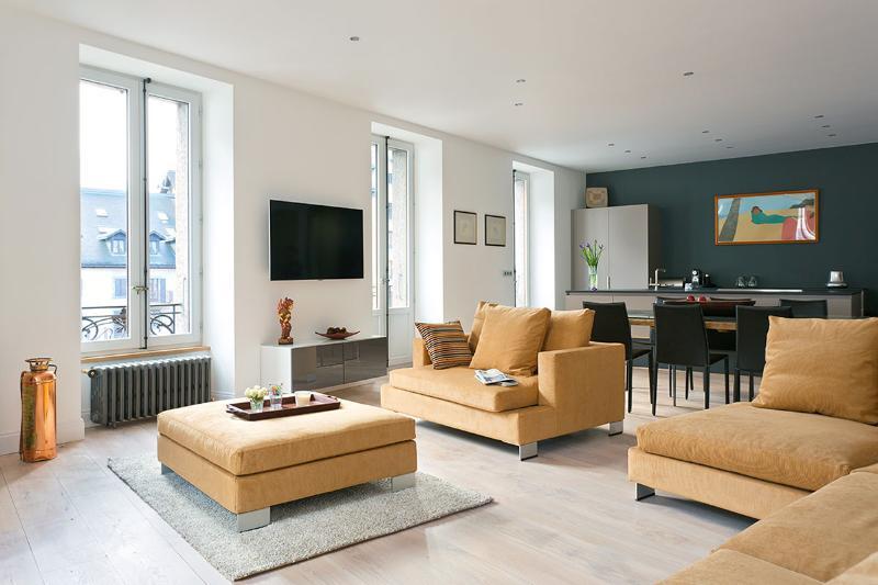 Relaxing living room with spectacular views - Luxury Apt in Chamonix Center- Balconies-Mt Blanc - Chamonix - rentals