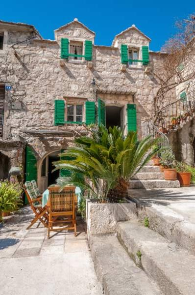Front of the house - Luxury house on the beach - Makarska - rentals