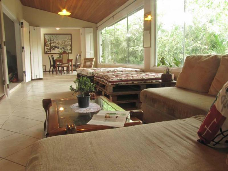 Reading Lounge - Huge house with beautiful view, peace & luxury - Paraty - rentals